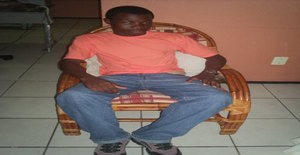Guennady 36 years old I am from Trindade/São Tomé Island, Seeking Dating Friendship with Woman