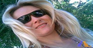 Maryld 32 years old I am from Florianópolis/Santa Catarina, Seeking Dating Friendship with Man