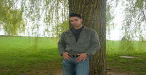 Pedroamdre 31 years old I am from Paris/Ile-de-france, Seeking Dating Friendship with Woman