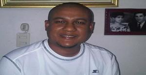 Jankarlo 47 years old I am from Santo Domingo/Distrito Nacional, Seeking Dating with Woman