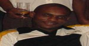 Abdalapinheiro 37 years old I am from Maputo/Maputo, Seeking Dating Friendship with Woman