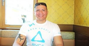 Robson144 49 years old I am from Tsu/Mie, Seeking Dating Friendship with Woman