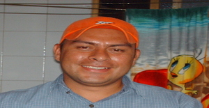 Esculpiluis 43 years old I am from Caracas/Distrito Capital, Seeking Dating Friendship with Woman