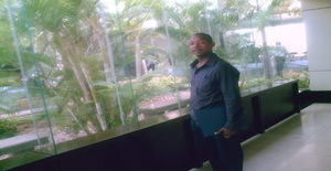 Muzimberg 33 years old I am from Maputo/Maputo, Seeking Dating Friendship with Woman