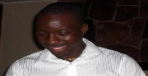Djerman 38 years old I am from Maputo/Maputo, Seeking Dating Friendship with Woman