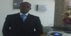 Edmagno 35 years old I am from Luanda/Luanda, Seeking Dating Friendship with Woman