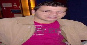 Andersonufpe 34 years old I am from Luanda/Luanda, Seeking Dating with Woman
