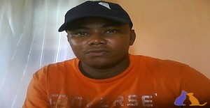 Maninhomoreno 31 years old I am from Porto Amboim/Cuanza Sul, Seeking Dating with Woman
