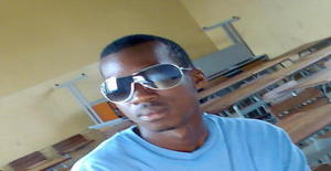 Pacule 33 years old I am from Maputo/Maputo, Seeking Dating with Woman