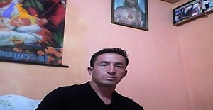 Edwin bustillos 32 years old I am from Quito/Pichincha, Seeking Dating Friendship with Woman