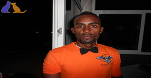Titos.v 32 years old I am from Praia/Ilha de Santiago, Seeking Dating Friendship with Woman