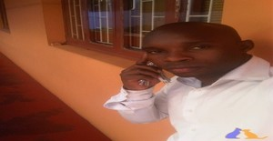 Calibio2421647 30 years old I am from Maputo/Maputo, Seeking Dating Friendship with Woman
