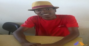 Maycon bie 23 years old I am from Matola/Maputo, Seeking Dating Friendship with Woman