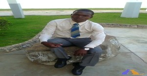 Wezle 28 years old I am from Maputo/Maputo, Seeking Dating Friendship with Woman