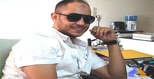 Simoy 38 years old I am from Marrakech/Marrakech-Tensift-Al Haouz, Seeking Dating Friendship with Woman