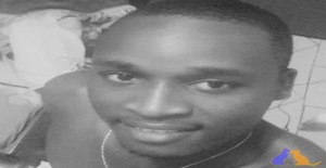 Attaboy 26 years old I am from Maputo/Maputo, Seeking Dating Friendship with Woman