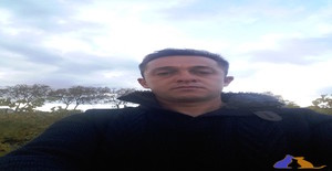 heldou 41 years old I am from Paulhan/Languedoque-Rossilhão, Seeking Dating Friendship with Woman