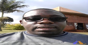 Brad15 35 years old I am from Beira/Sofala, Seeking Dating Friendship with Woman