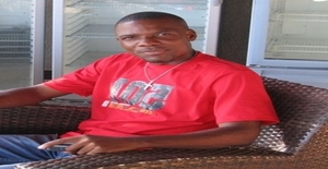 Montsc 41 years old I am from Luanda/Luanda, Seeking Dating Friendship with Woman