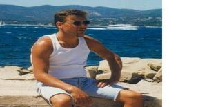 Latino750 43 years old I am from Villennes-sur-seine/Ile de France, Seeking Dating Friendship with Woman