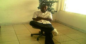 Assddfgggfhhgj 32 years old I am from Maputo/Maputo, Seeking Dating Friendship with Woman