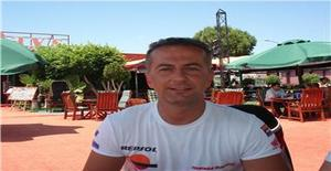 Sinan 50 years old I am from Istanbul/Marmara Region, Seeking Dating with Woman